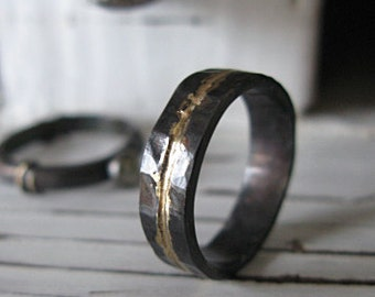 Mens Wedding Band Rustic Wedding Band Mens Wedding Ring Oxidized Ring Gold Black Ring Rustic Ring Unique Wedding Band Mens Wedding Rings