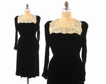 Vintage 40s DRESS / 1940s Black Silk Velvet & Ivory Crochet Puff Sleeve Dress L
