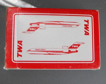 TWA Playing Cards, Vintage Playing Cards, Cards and Games, Trans World Airlines, Red Cards, Flying, Aviation, Souvenir