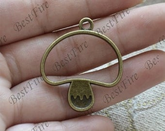 10 pcs of Antique bronze  mushroom circle Connector pendant, charm Metal pendant findings ,Pendant charm,Dangle Charm