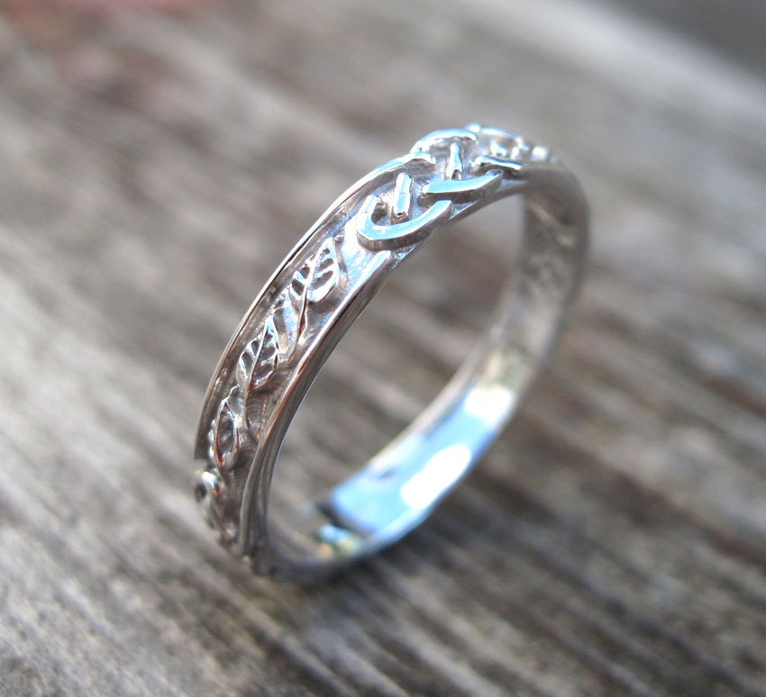 celtic wedding band with leafs wedding ring wedding bend infinity wedding leaf - Leaf Wedding Ring