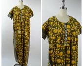 Vintage Cotton Indian Caftan Dress Indian Dress Screen Print Floral Ethnic Print Size XLarge Yellow and Gray Black