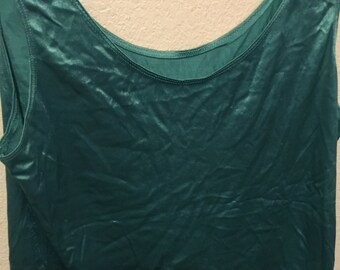 Satin nylon sleeveless tank top blouse green extra-large by Venchelle