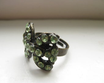 Vintage 1960s Green Stone Butterfly Ring, Antiqued