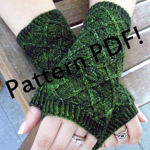 Knitting Pattern: Argylers Handwarmers by The Sexy Knitter/Sarah Wilson