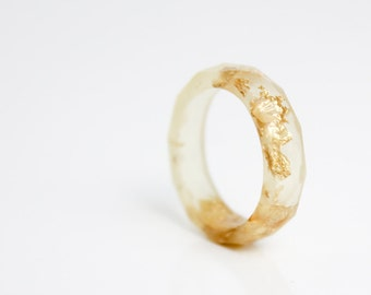 pale gold size 5.5 geometric eco resin ring