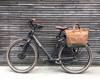 Waxed canvas pannier / bicycle bag  with zipper closure / tote bag /  bike accessories