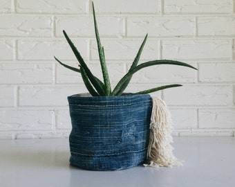 Vintage Mudcloth Plant Holder with Fringe - Boho Textile Plant Cover - Indigo Tribal Planter