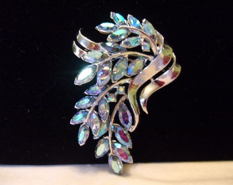 Trifari Brooch Blue AB Glass Rhinestone Rhodium Silver Plate Flower Pin Vintage 1950s