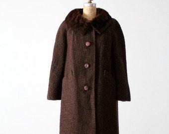 SALE vintage 1960s Betty Rose wool coat with fur collar, winter swing coat
