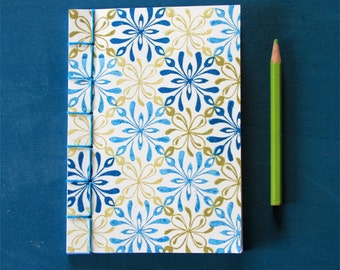 Notebook interlacing pattern blue and green, japanese binding, hand stamped cover, hand stitched, 40 pages = 20 white sheets