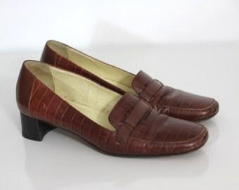 BARGAIN BIN Vintage 90s Loafer Heels Kenar Italian Loafers Chic Low Stacked Heel Leather 7.5
