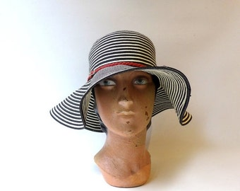 ON SALE Vintage black and white stripe woven paper wide floppy brim sunhat