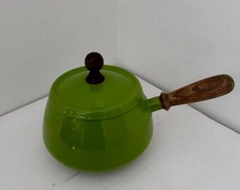 Vintage Enamelware Cookware Set