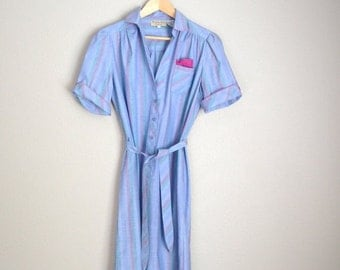 July SALE - 15% Off - Vintage 80s Lavender Purple Striped Knee Length Shirt Dress with Belt // womens medium
