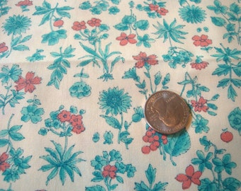 Vintage 1960s Floral Cotton Print Botanical Fabric for Dresses, Shirts, Quilting