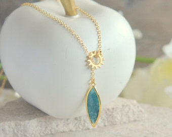 Teal Emeral Marquise Drop and Gold Spoke Lariat Necklace. Edgy Lariat Necklace. Gift for Her. Necklace. Jewelry. Gift.