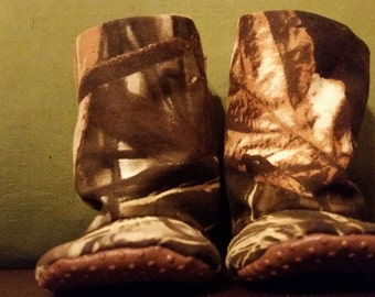 Camo baby boots- infant to toddler- non slip sole - soft minky