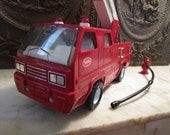 Vintage red, 'Tonka' Snorkel Fire Truck with hoses and hydrant! WORKS!