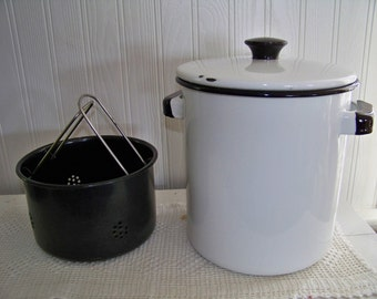 Vintage White Enamel Stock Pot with Strainer Steam Pot Canning Pot