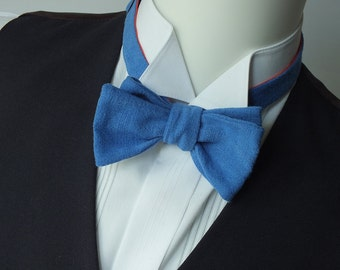 blue linen bow tie, mens, freestyle, self tie / adjustable bow ties handmade by Bagzetoile in France