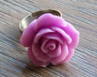 Violet flower ring