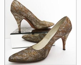 Vintage 1960s Stiletto Heels//60s Heels//Metallic Brocade//Gold//Silver//Rockabilly//Pumps//New Look//Metallic//Rockabilly