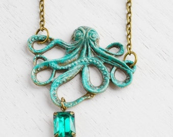ON SALE Rustic Octopus Necklace, Large Octopus, Marine Life Creature, Tentacles pendant, Squid Charm, Nautical Jewelry, Friend Necklace, Lay