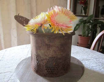 Minnow Bucket Pail Vintage Rustic Decor Flower Basket Cabin Country Outdoor Decoration