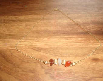 vintage necklace goldtone chain marble stones avon