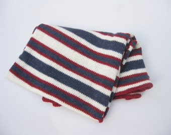 Wool baby blanket red white blue hand knitted team colors
