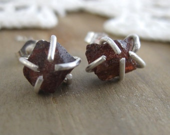 Garnet Crystal Posts // Rustic Earrings //Organic Earrings //Crystal Studs //Sterling Silver Studs// Handcrafted // Everyday Wear // Raw