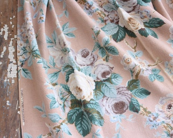 Lavender Floral Cabbage Roses Pink Retro vintage Barkcloth Fabric