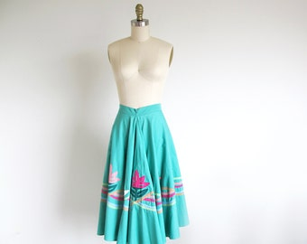 Vintage 50s Circle Skirt, Cotton Swing 1950 Skirt,  Mint Green Skirt, Rockabilly Skirt, Applique Skirt, Dance Skirt