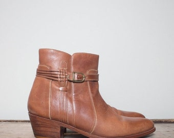 40% off Sale 9 D | Men's Carmel Leather Cuban Heeled Zipper Beatle Boot Buckle Strap Woven Leather Detail
