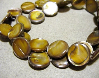 Mother of Pearl Beads Golden Olive 10MM
