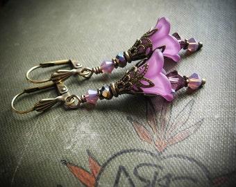 Heather or Violet Fairy Flower Earrings.  Fey Heather or Seelie Violet Victorian Fairy Inspired