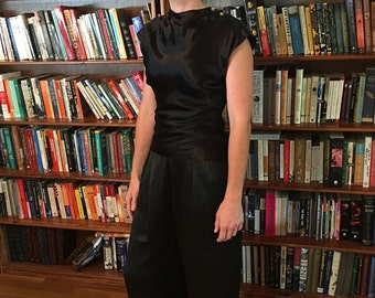ART DECO Glamour-- Incredible Black 1930s Palazzo Pants in Silk with Ultra Wide Leg and High Waist-S, M