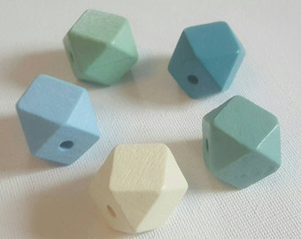 Wooden Geometric Polyhedron Faceted Bead x5 - Cool Green Mix - Medium 20mm