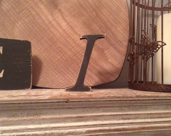 Hand-painted Wooden Letter, I - Freestanding - Cancery Font - Various sizes, finishes and colours - 30cm