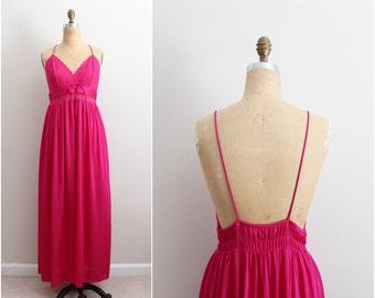 Vintage 70s Fuchsia Peignoir Set / Lace Slip Dress/ Vintage Wedding Nightgown/ Size M/L