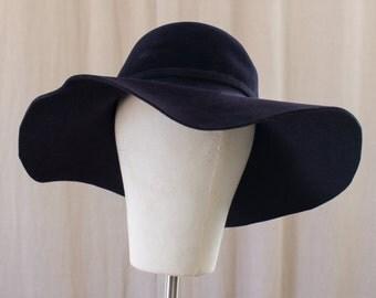 dark blue floppy hat - M
