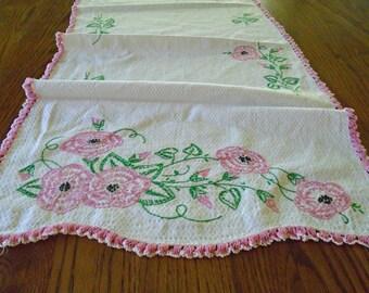Vintage Pink Rose Runner / Table Runner / Dresser Scarf / Vintage Cotton Runner / Hand Embroidered Runner / Cottage Decor / Shabby Chic