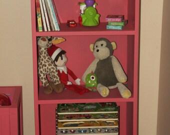 Bookshelf, Coral