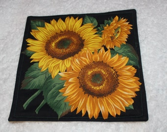 Quilted Hot Mat Trivet Candle Mat Centerpiece Mat