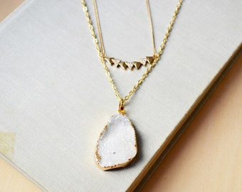 White Geode Crystal Druzy and Gold Geometric Triangles Necklace Set