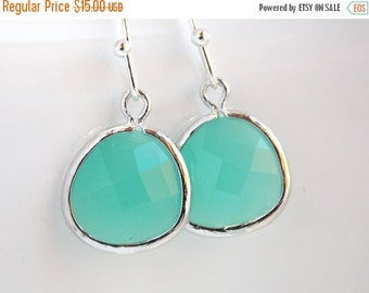 SALE Green Earrings, Mint Earrings, Aqua Earrings, Glass Earrings, Silver, Wedding, Bridesmaid Earrings, Bridal Earrings Jewelry, Bridesmaid