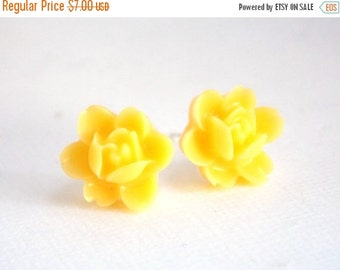 SALE Yellow Earrings, Stud Earrings, Flower Earrings, Post Earrings, Bridesmaid Gifts, Bridesmaid Earrings, Bridesmaid Gifts