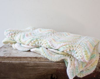 Vintage Crochet Blanket Pastel- Handmade Crochet Baby Blanket - Yellow and White Kids Blanket Soft Blanket