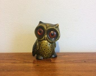 Vintage Owl Figurine / Green 60s Ceramic Owl / Mid Century Bird Decor